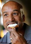 Mayor Ray Nagin eats a piece of pie - AP File Photo